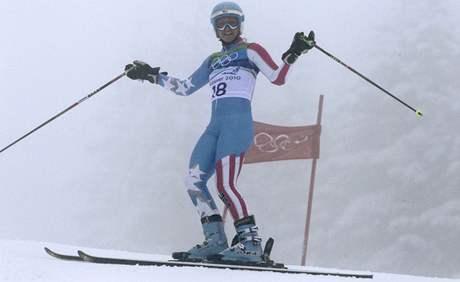 VO CO GO? Tohle Julia Mancusová možná ještě nezažila. Musela přerušit svou jízdu v prvním kole obřího slalomu, protože po pádu Lindsay Vonnové pro ni trať nebyla připravena.