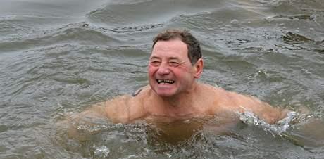 Zimní plavání v Dyji.