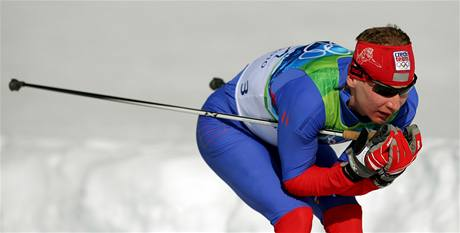 Český lyžař Lukáš Bauer při skiatlonovém závodu na ZOH ve Vancouveru.