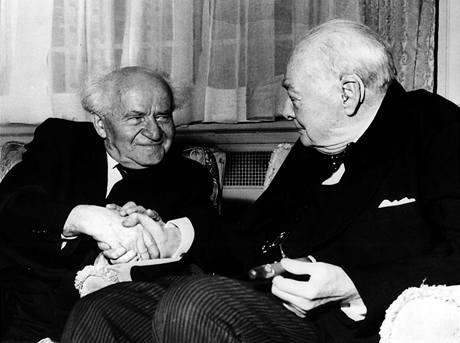 První ministerský předseda Izraele Ben Gurion na setkání s anglickým premiérem Winstonem Churchilem