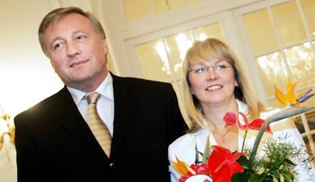 Mirek Topolánek s manželkou Pavlou.
