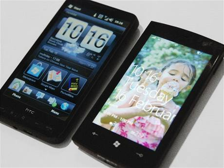 HTC HD2 s Windows Mobile 6.5 a Windows phone 7 series prototyp