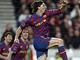 Ibrahimovic z Barcelony slaví vyrovnávací gól svého týmu v duelu se Stuttgartem