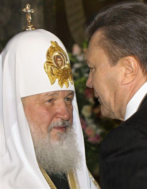 Ukrajinský prezident Viktor Janukovyč s moskevským patriarchou