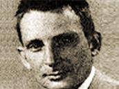 Denis Avey na archivní snímku z doby, kdy se vloupal do koncentračního tábora v Osvětimi.