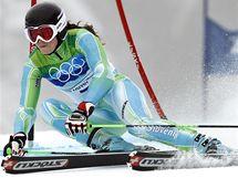 Slovinka Tina Mazeová při své druhé jízdě obřího slalomu žen na ZOH ve Vancouveru.