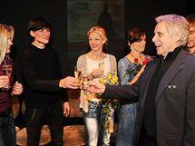 Leona Machálková, Zdeněk Podhůrský, Sabina Laurinová, Ivana Jirešová a Josef Laufer