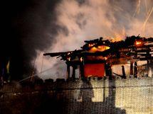 V čínském Čeng-tingu shořela historická brána stará 1 600 let.