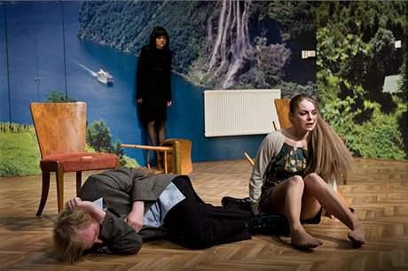 Z generální zkoušky Hedy Gablerové ve Švandově divadle