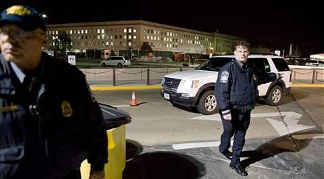 Pentagon byl po střelbě hermeticky uzavřený (5. března 2010)