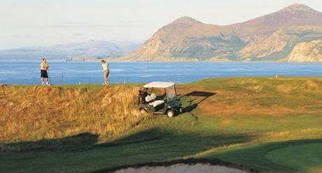 Golfová dovolená ve Walesu.