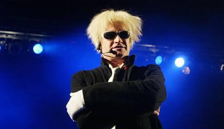 Michael Kocáb při koncertu skupiny Pražský výběr v Olomouci v roce 2004.