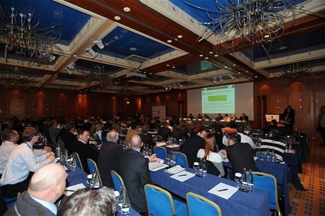 Zasedání konference České golfové federace v březnu 2010, hotel InterContinental.