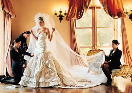 Svatební šaty manželky Donalda Trumpa Melanie Knaussové