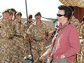 Princezna Anna navštívila britské jednotky v Afghánistánu.