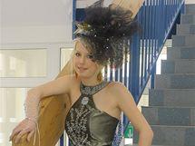 Studentky třeboňské oděvní školy dokončily šaty, které na finále oblékne Christina Zídková