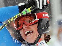 Radost italské lyžařky Johanny Schnarfové.