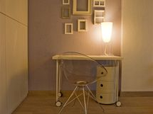 Vobývacím pokoji zbylo místo i na domácí minikancelář