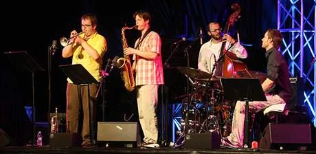 Jazzová skupina Points při vystoupení