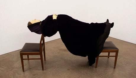 Goshka Macuga: Madam Blavatská, 2007