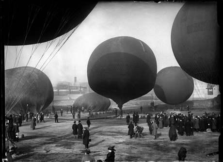 Létající balóny v Madridu, rok 1913