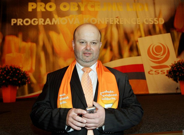 Ministr vnitra Martin Pecina na programové konferenci �SSD v Teplicích. (13.3.2010)