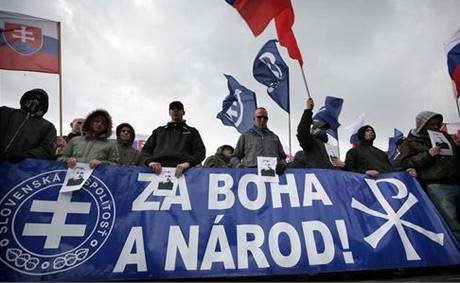 Nacionalisté si v Bratislavě připomínali 71. výročí vzniku slovenského státu. (14. března 2010)