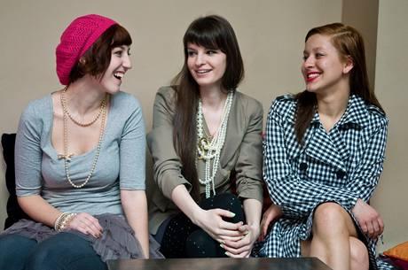 Blogování o módě přitahuje stále více čtenářů - holky jich mají stovky denně.