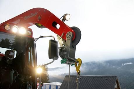 Navijáková nástavba umožňuje práci na extrémních svazích