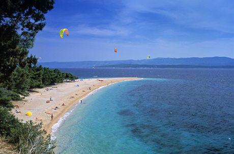 Chorvatsko. Ostrov Brač, pláž Zlatni Rat