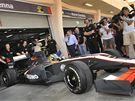 SENNA SE VRACÍ. V prvním tréninku GP Bahrajnu absolvovali svou premiéru ve formuli 1 Bruno Senna i tým Hispania Racing.