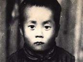 Mladý Lhamo Döndrub na snímku ještě předtím, než byl zvolen 14. tibetským Dalailamou.