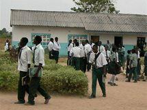 Základní škola v zambijském Mukonchi, nedaleko působí Charita ČR