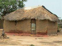 Typický dům ve slumu v zambijském Solwezi