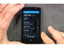 Windows Phone 7 Series - notifikační lišta