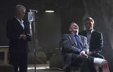 Herečka Judi Dench ve filmu Quantum of Solace