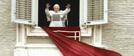 Papež Benedikt XVI., Vatikán 21. března 2010
