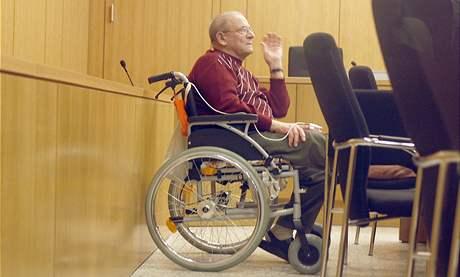 Někdejší nacista Heinrich Boere u soudu v německých Cáchách (23. března 2010)