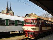 Hlavní nádraží v Brně se siuletou katedrály na Petrově