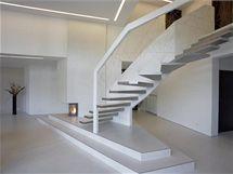 Atypický dům připomíná avantgardní skulpturu