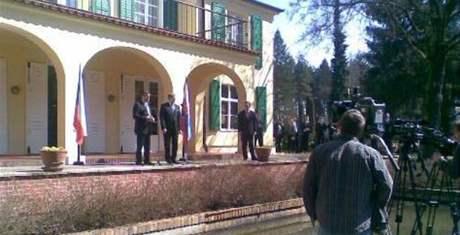 Jan Fischer se setkal se slovenským premiérem Robertem Ficem