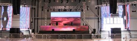 Pódium akce Citadela v Brně pro DJ Paul Van Dyka