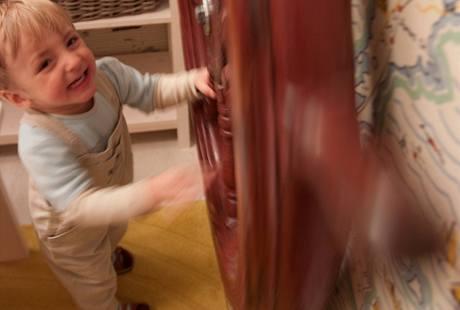 Zatímco někteří dospělí považují kormidlo za zbytečnost, dvouletému dítěti dokáže udělat opravdovou radost