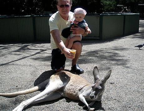 Petr Janda s dcerou Anežkou v Austrálii