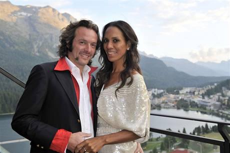 Arne Quinze s manželkou Barbarou Beckerovou