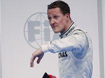 Michael Schumacher po deštivé kvalifikaci GP Malajsie.