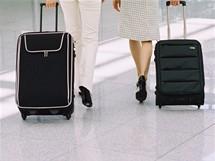 Letiště, kufry - ilustrační foto