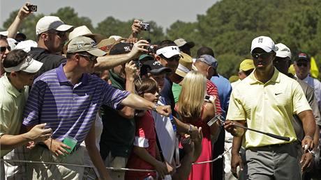 Tiger Woods v tréninku na Masters 2010.