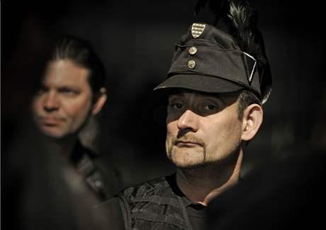 Příslušník Maďarské gardy, polovojenské organizace při ultrapravicové straně Jobbik.