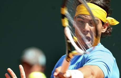 DEMOLOVAL. Rafael Nadal vyprášil v Monte Carlu dalšího soupeře
